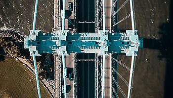 Aerial view Manhattan bridge NYC