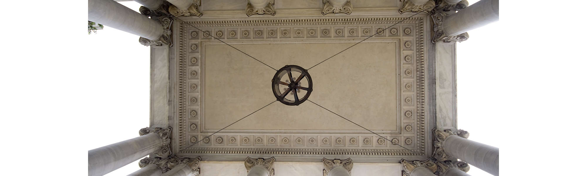 neoclassical pillars dc